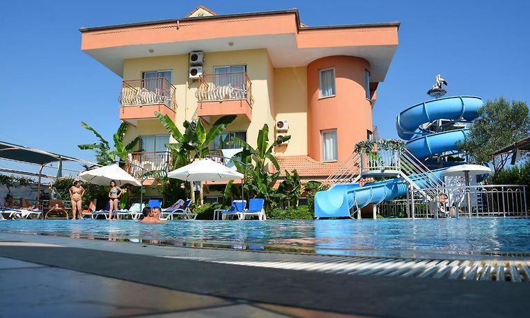 Yavuzhan Hotel Side